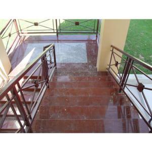 Đá cầu thang Granite Đỏ bông lớn