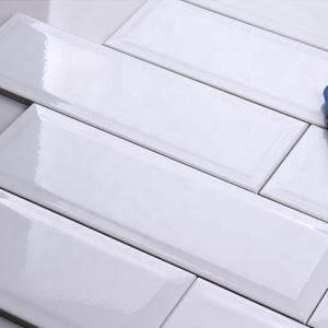 Gạch thẻ ốp tường nhập khẩu vát cạnh trắng KT 75x300mm